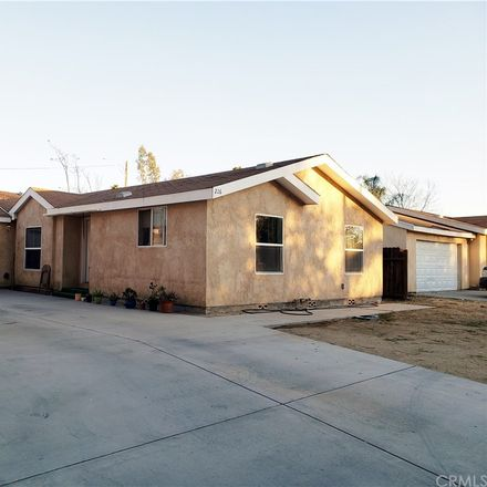 Rent this 3 bed house on 226 North Hamilton Avenue in Hemet, CA 92543