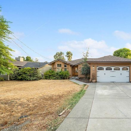 Rent this 3 bed apartment on Hidden Valley Rd in Reynolds, CA