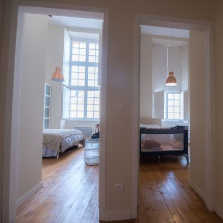 Rent this 2 bed house on 28 Rue d'Avon in 77300 Fontainebleau, France