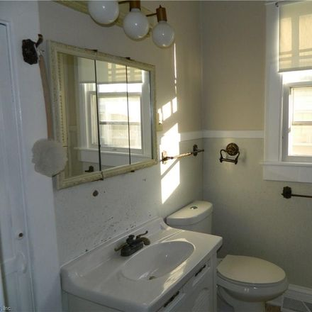 Rent this 5 bed house on Jackson Ave in Chesapeake, VA