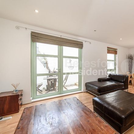 Rent this 2 bed house on Buxton Mews in London SW4 6RH, United Kingdom