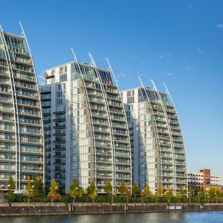 Rent this 2 bed apartment on NV Building 3 in 100 The Quays, Salford M50 3BE