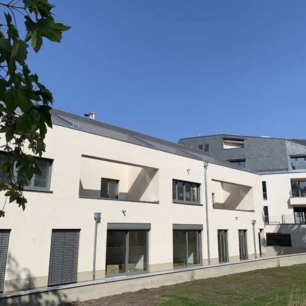 Rent this 5 bed duplex on Souperb in Bautzner Landstraße, 01324 Dresden