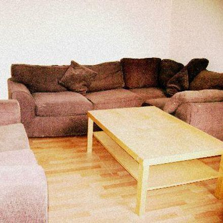Rent this 6 bed room on 31 Balfour Road in Nottingham NG7 1NY, United Kingdom
