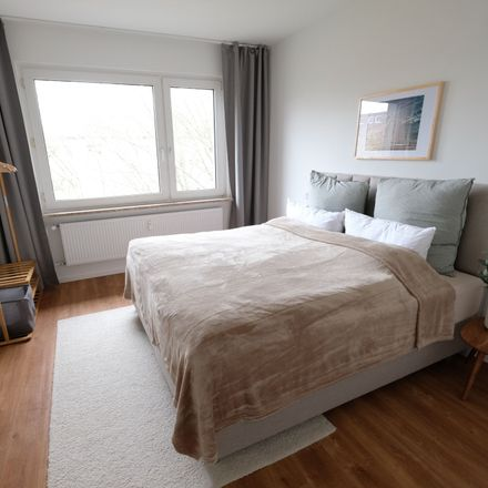 Rent this 3 bed apartment on Grazer Straße 7 in 27568 Bremerhaven, Germany
