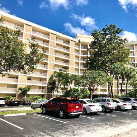 Rent this 3 bed condo on 2940 North Course Drive in Pompano Beach, FL 33069
