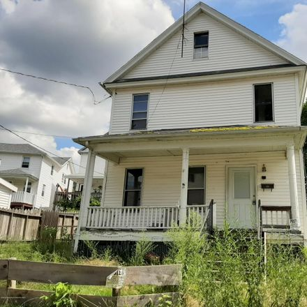 Rent this 3 bed house on 21 Lunny Court in Carbondale, PA 18407
