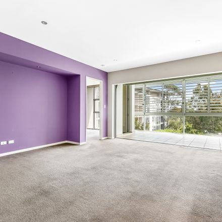 Rent this 1 bed apartment on 65/4 Alexandra Drive