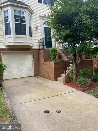 Rent this 3 bed townhouse on Massanutten Dr in Silver Spring, MD