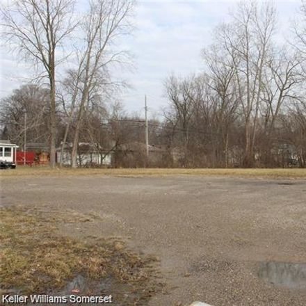 Rent this 0 bed apartment on Elizabeth Lake Road in Waterford Township, MI