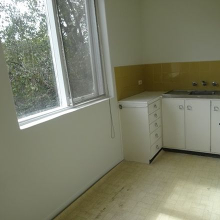 Rent this 1 bed apartment on 2/14-16 May Road