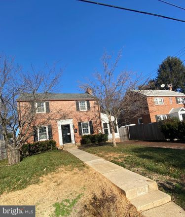 Rent this 4 bed house on 2405 Homestead Dr in Silver Spring, MD