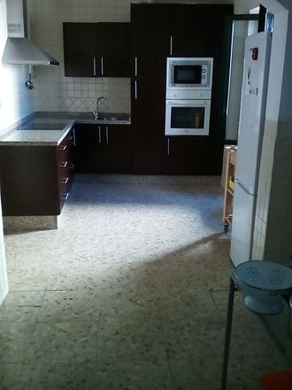 Rent this 2 bed room on Plaza de San Basilio in Calle San Basilio, 14004 Cordova