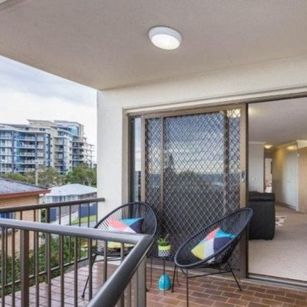 Rent this 2 bed apartment on 3/7 Upper Gay Terrace