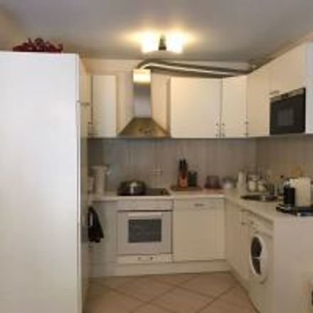 Rent this 2 bed apartment on Zwingerweg 13 in 63069 Offenbach am Main, Germany