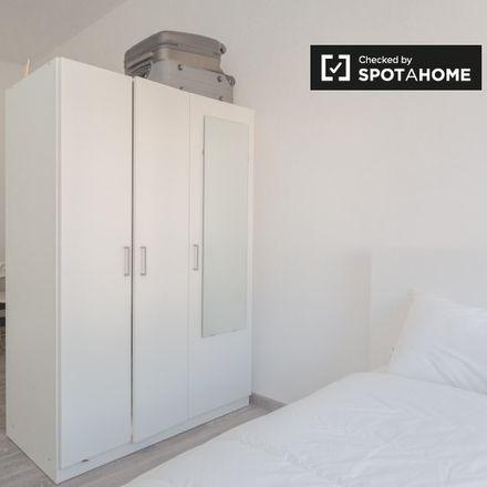 Rent this 2 bed apartment on Argonne in Viale Argonne, 20133 Milan Milan
