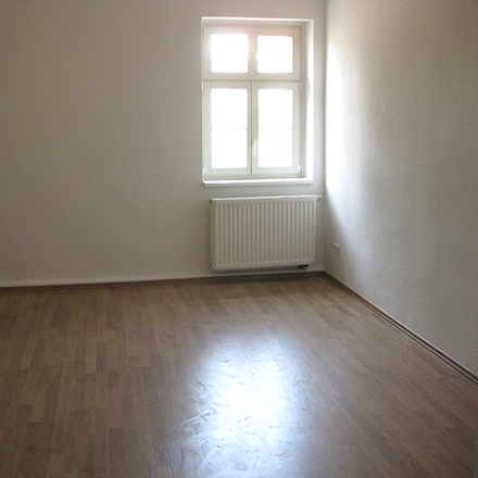 Rent this 3 bed apartment on Fielmann in Gotthardstraße, 06217 Merseburg