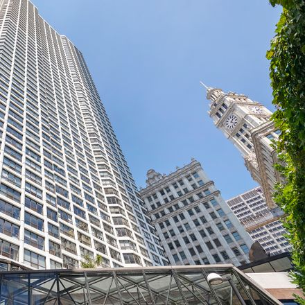 Rent this 2 bed condo on Beacon Tavern in 405 North Wabash Avenue, Chicago