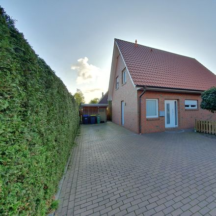 Rent this 4 bed house on Elritzenweg 12d in 26127 Oldenburg, Germany