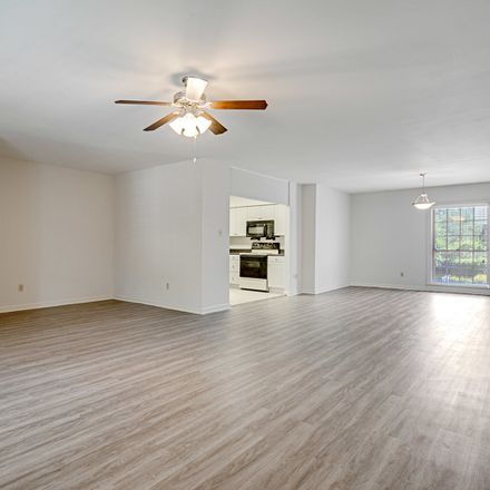 Rent this 2 bed apartment on 5899 Arden Place in Baton Rouge, LA 70806
