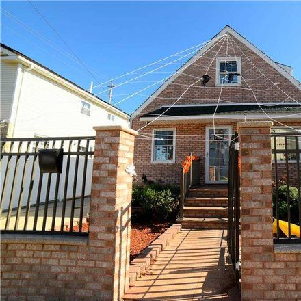 Rent this 3 bed house on 354 Beach 90th Street in New York, NY 11693