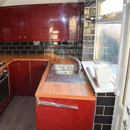 Rent this 2 bed house on Doncaster Road in Selby YO8 9BY, United Kingdom