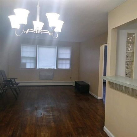 Rent this 3 bed apartment on 249 Kearney Avenue in New York, NY 10465