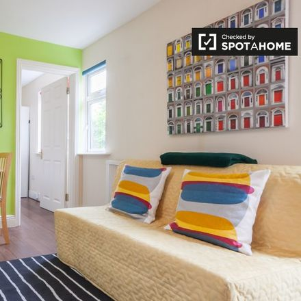 Rent this 1 bed apartment on 3 Garville Avenue in Rathgar, County Dublin