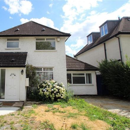 Rent this 3 bed house on Hale Lane in London NW7 3NX, United Kingdom