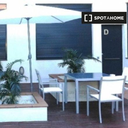 Rent this 2 bed apartment on Calle de Víctor de la Serna in 40, 28001 Madrid