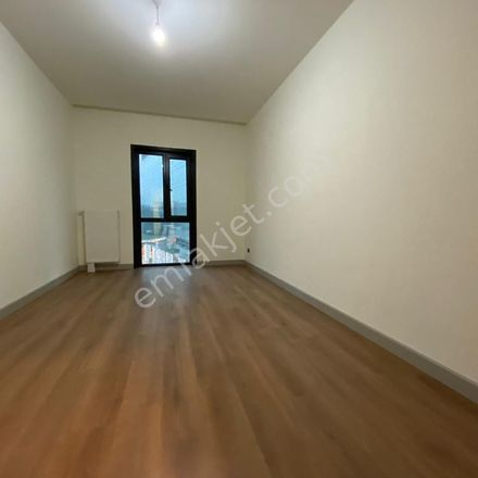 Rent this 5 bed apartment on 2. Çevre Yolu in 34418 Kağıthane, Turkey