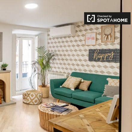 Rent this 2 bed apartment on Calle de Toledo in 87, 28005 Madrid