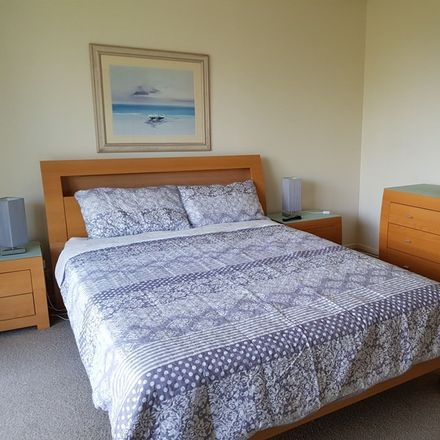 Rent this 2 bed apartment on ID:3853099/45 Deakin Street