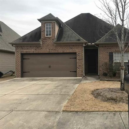 Rent this 3 bed house on 122 Lorrin Ln in Sterrett, AL