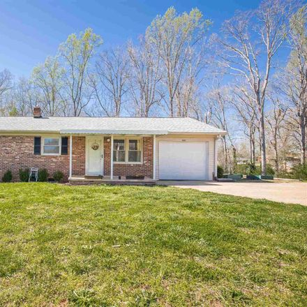 Rent this 3 bed house on 308 Kingswood Drive in Greenville County, SC 29611