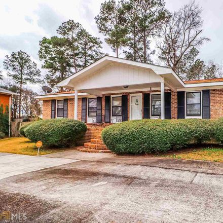 Rent this 4 bed house on 1001 Briarcliff Road in Warner Robins, GA 31088