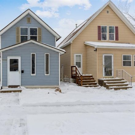 Rent this 2 bed house on 1022 10th Street Southwest in Cedar Rapids, IA 52404