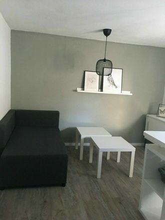 Rent this 1 bed apartment on Breite Straße 28-30 in 61118 Bad Vilbel, Germany