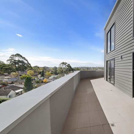 Rent this 3 bed apartment on 39/319-323 Peats Ferry Road