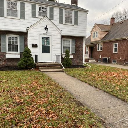 Rent this 3 bed house on 2240 Mershon Street in Saginaw, MI 48602