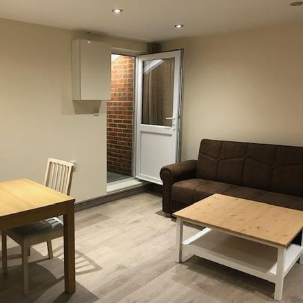 Rent this 1 bed house on Weir Hall Gardens in London N18 1BH, United Kingdom