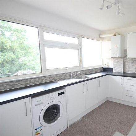 Rent this 2 bed apartment on Hillside Lane in London, BR2 7HA