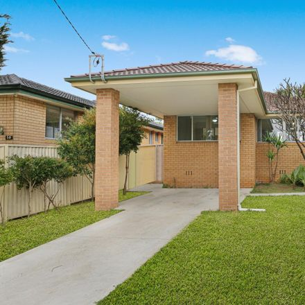 Rent this 3 bed house on 18 Margaret Street