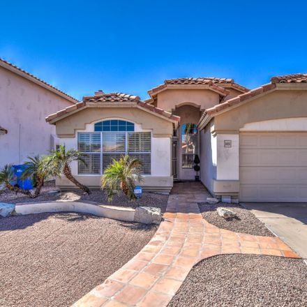 Rent this 3 bed house on 4455 East South Fork Drive in Phoenix, AZ 85044