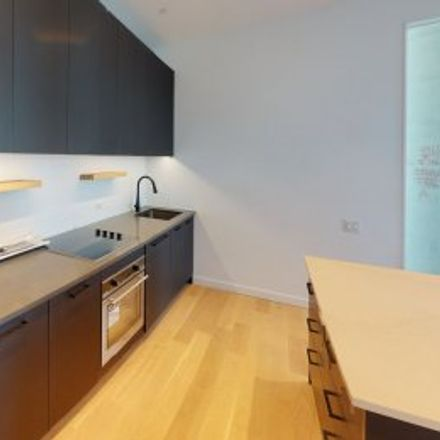 Rent this 3 bed apartment on #1502 in 329 Broadway, Southside