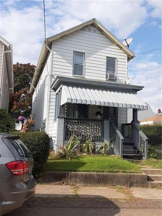 Rent this 2 bed house on 811 Cleveland Avenue in Brackenridge, PA 15014