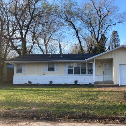 Rent this 3 bed house on West Latoka Street in Springfield, MO 65807