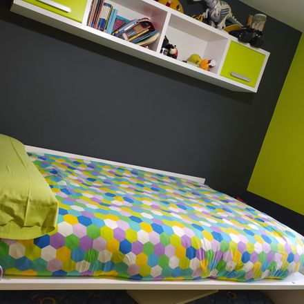 Rent this 2 bed room on Rúa de Antonio Nieto Figueroa in Vigo, Pontevedra