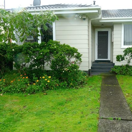 Rent this 2 bed house on Mangere-Otahuhu in Favona, AUCKLAND