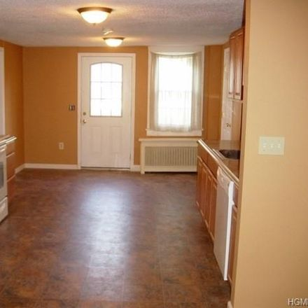 Rent this 3 bed apartment on US Hwy 9w in Marlboro, NY